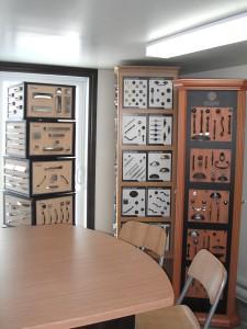 Vast choice of decorative hardware