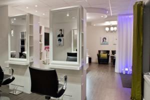 Salon de coiffure - Stations individuelles