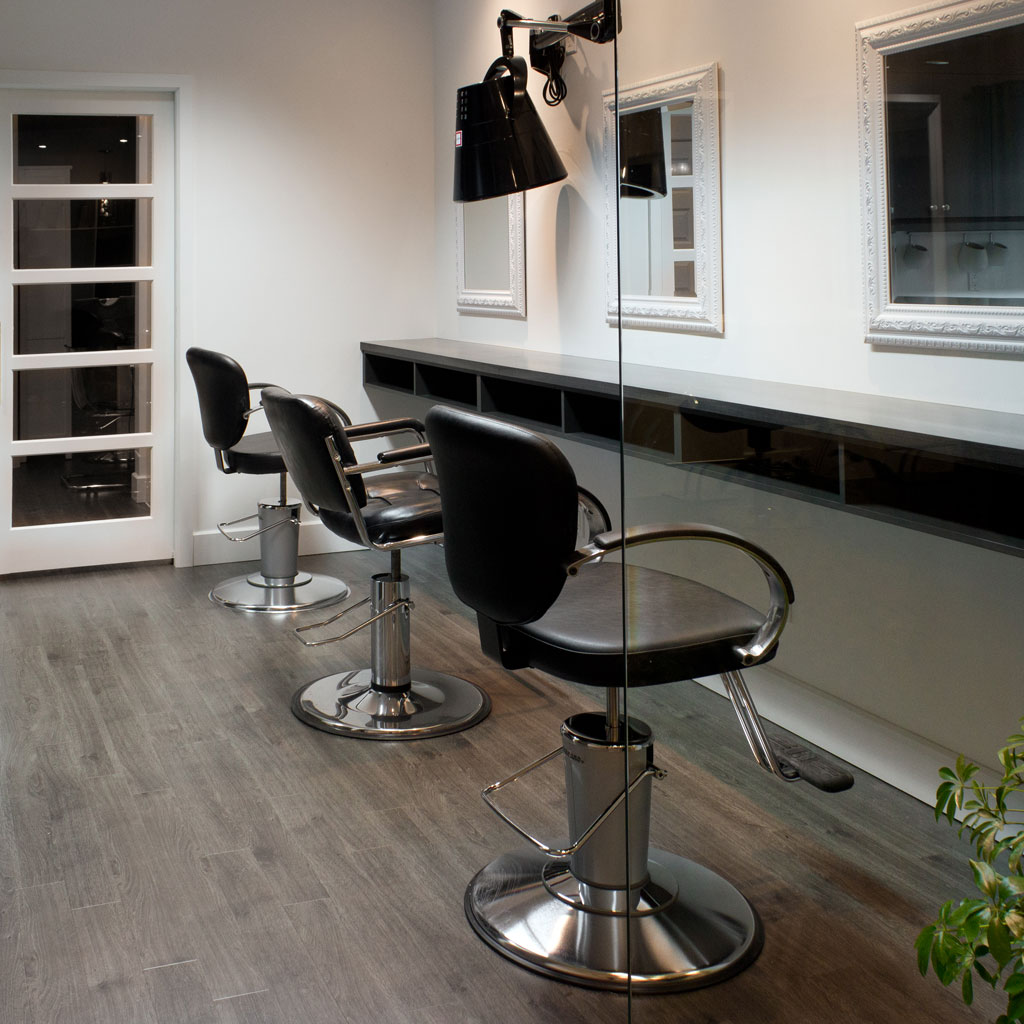 salon de coiffure si ges miroirs comptoir les armoires saint romain inc. Black Bedroom Furniture Sets. Home Design Ideas