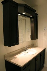 Miroir, armoires salle de bain